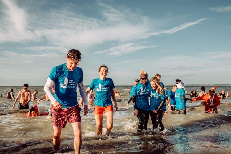 Ellen MacArthur Cancer Trust Boxing Day Dip 2017