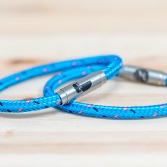 trust boing bracelets single blue